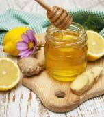 Honey,  lemon and ginger — Stock Photo