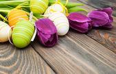 Tulpen en paaseieren — Stockfoto