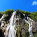 Beautiful landscapes waterfall, rock walls, stunning nature views in National park Plitvice lakes - Plitvička jezera, Croatia — Stock Photo #52970049
