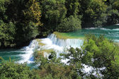 Vele watervallen en prachtige landschappen van de natuur in het nationale park krka, Kroatië — Stockfoto