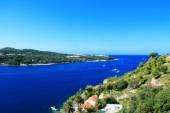 хорватский город дубровник вид вблизи берега адриатического моря — Стоковое фото