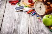 Renkli okul malzemeleri — Stok fotoğraf