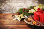 Christmas table setting with gift — Foto de Stock