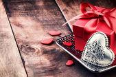 Réglage de la Saint-Valentin avec décoration coeur — Photo
