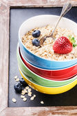 Healthy breakfast with cereal and fruits — Stock Photo