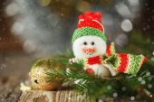 Christmas and New Year snowman on the  background, horizontal — Стоковое фото