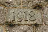 Year 1918 carved in the stone. — Stock Photo