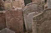 Antiguo cementerio judío en praga — Foto de Stock