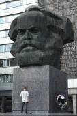 Karl Marx Monument in Chemnitz, Saxony — Stock Photo