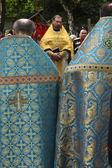 Priests attend the orthodox service — Stock Photo
