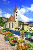 Charming Italy series- flower market in Chiusa, north of Italy — Stock Photo