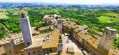 San Gimigniano, medieval town of Tuscany, Italy — Stock Photo