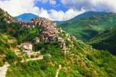 Apricale  - beautiful medieval  hill top village .Liguria, Italy — Stock Photo