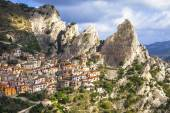 Castelmezzano -mountain village. incredible Italy series, Basil — ストック写真
