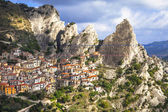Castelmezzano -mountain village. incredible Italy series, Basil — Stock fotografie