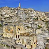 Matera - ancient cave city in Basilicata, Italy — Stock Photo