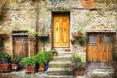 Charming streets of old italian villages — Stock Photo