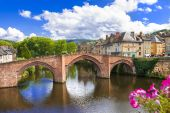 Espalion - one of the most beautiful villages of France (Aveyron — Stock Photo