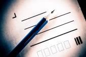 Lápis e letra — Foto Stock
