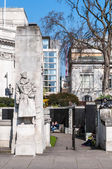 Tower Hill memorial - national war memorial in Trinity Square Garden — Stock Photo