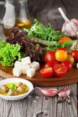 Fresh summer salad — Stock Photo