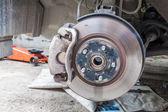 Car disc brakes fixing  — Stockfoto