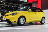 Yellow MG3 a smart-looking small car — Foto de Stock