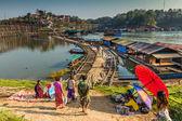Way of life of people at Sarmprasob river,Kanchanaburi,Thailand — Stock Photo