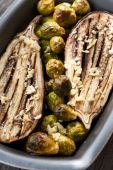 Eggplant and Brussels sprouts — Stock Photo