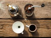 Drip coffee set — Stock Photo