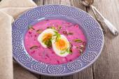 Cold soup with beetroot and kefir — Stockfoto