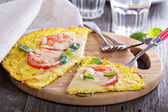 Healthy pizza on cauliflower crust — Stock Photo