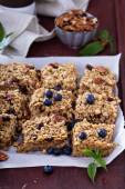 Vegan baked oatmeal with pecans — Stock Photo