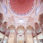Inside the Putra Mosque, Putrajaya, Malaysia — Stock Photo #55807579