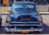 Vintage Black Car near Revolution Museum, Havana — Stock Photo