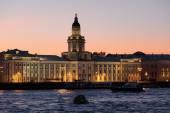 Kunstkamera and Neva, Saint Petersbur — Stock Photo
