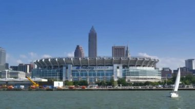 FirstEnergy Stadium on the shore of Lake Erie — Stock Video