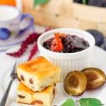 Breakfast: Cheesecake, Plums amd Plum and Orange Jam — Stock Photo #55745207