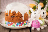 Rustic Style Kulich, Russian Sweet Easter Bread Topped with Suga — Foto de Stock