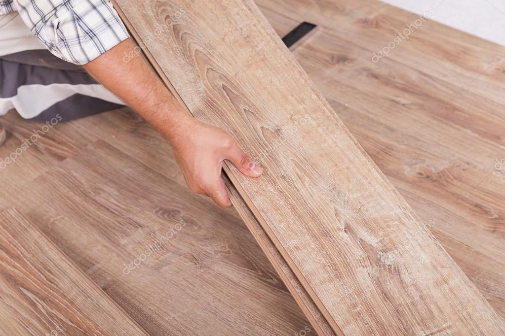 Instalaci n de suelo laminado carpintero tableros de - Instalacion de suelo laminado ...