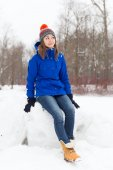 Winter woman have fun outdoors — Stock Photo