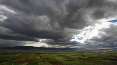 Landscape with dramatic clouds — Stock Video