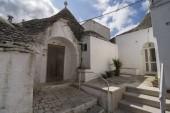 Street in Alberobello — Stock Photo