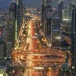 DUBAI, UAE - NOV 15: Busy Sheikh Zayed Road in the evening November 15,2014 in Dubai, UAE — Stock Photo #60696313