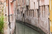 House beside water at Venice. Italy — Stock Photo