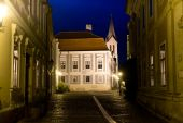 Night view of old town in Veszprem — Foto de Stock