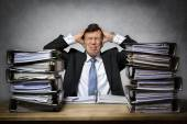 Overworked stressed businessman — Stock fotografie