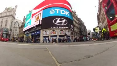 Piccadilly Circus — Stock Video