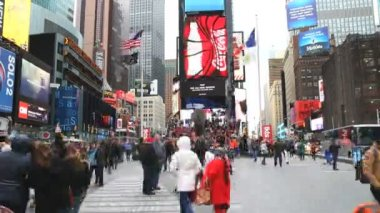 People in Times square in New York — Stock Video