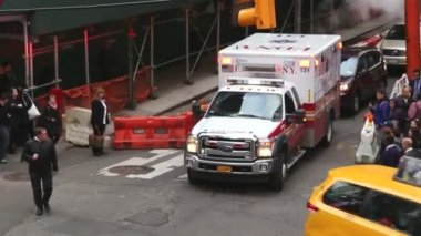 Ambulance in New York — Stock Video